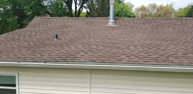 Barkwood color Asphalt Shingles 3