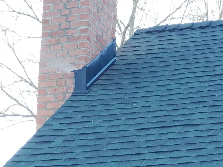 Finished Green Asphalt Shingle Roof