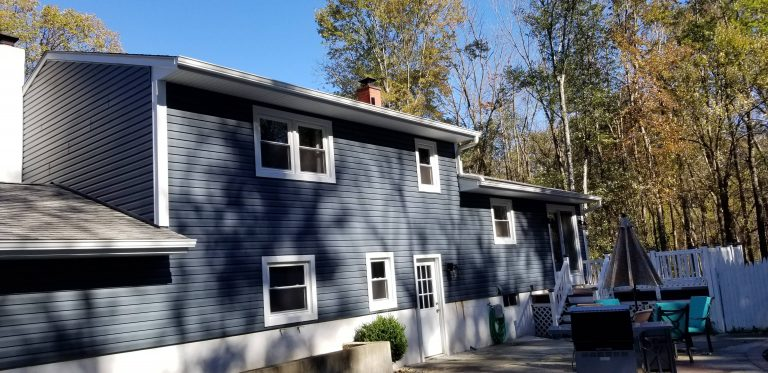 Vinyl Siding Replacement 4